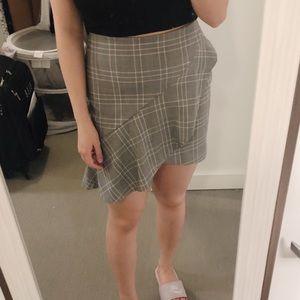 H&M ruffled skirt